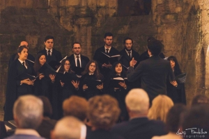 Mounir with other members of the Coro Misto da Universidade de Coimbra